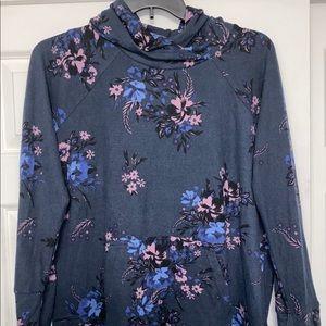 Lularoe XL gray purple floral Amber hoodie